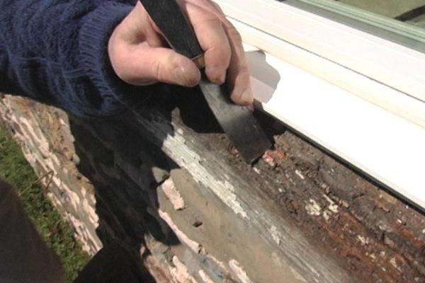 PC Woody Window Sill Repair