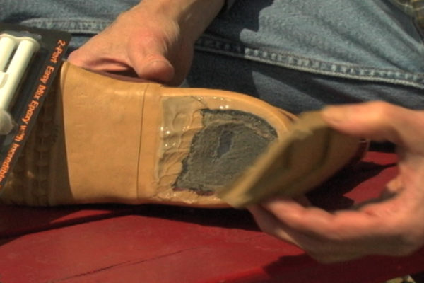 Shoe Heel Repair - Adhesion